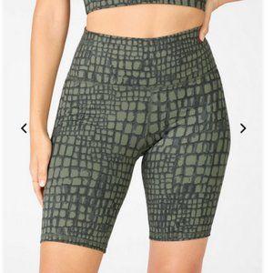 Fabletics powerhold biker shorts green croc xs